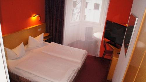 Hotel am Buschkrugpark photo 23