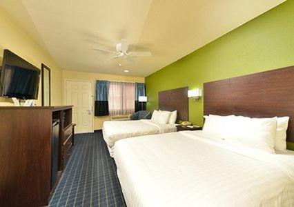 Best PayPal Hotel in ➦ Needles (CA): Rio Del Sol Inn Needles