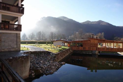 Eco Complex Smilyan