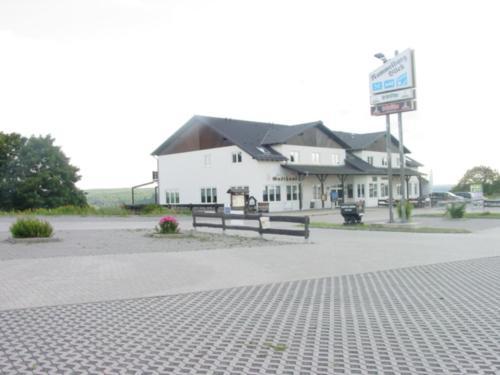 Hotel und Gasthaus Rammelburg-Blick photo 6