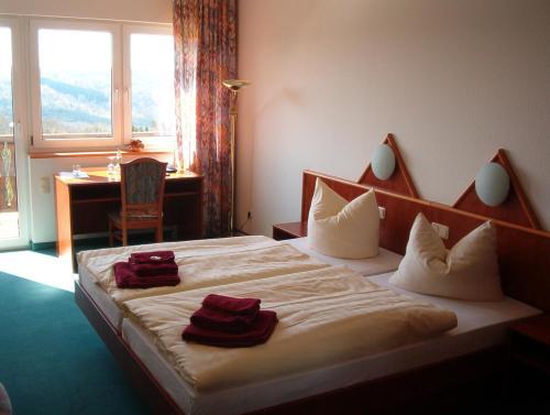 Hotel und Gasthaus Rammelburg-Blick photo 4