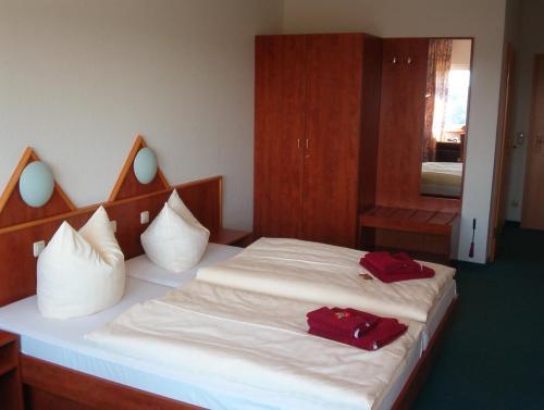 Hotel und Gasthaus Rammelburg-Blick photo 9