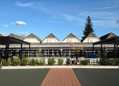 Picture of Lake Rotorua Hotel