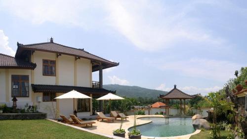 Villa Juliani Lovina Bali