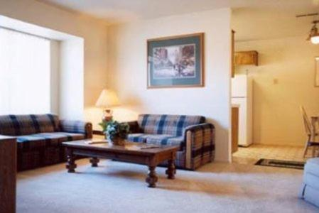 Separate living room Quail Hollow One Furnished Apartments