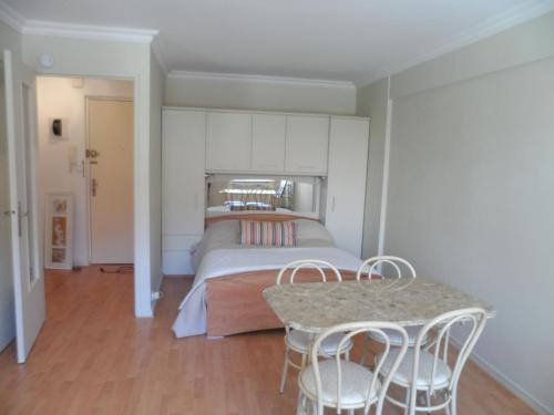 Home Rental - Rue Commandant Vidal