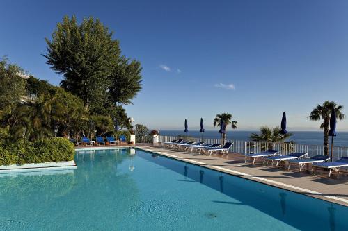 Отель Hotel Continental Mare 4 звезды Италия
