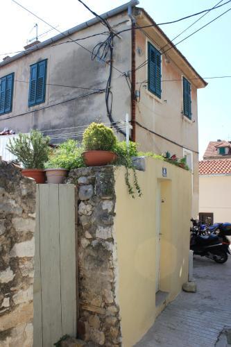 Apartment Dalmatinka