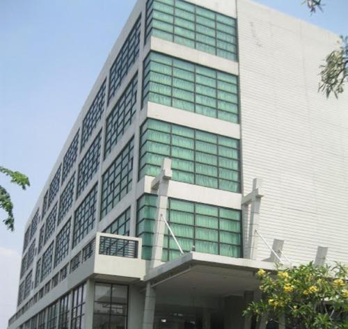N1 Hotel front view