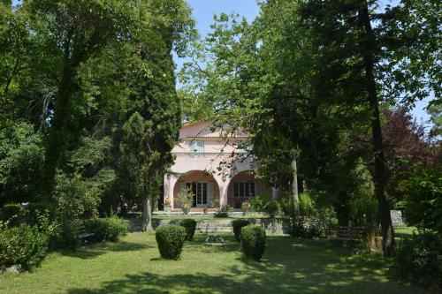 The Villa Averoff