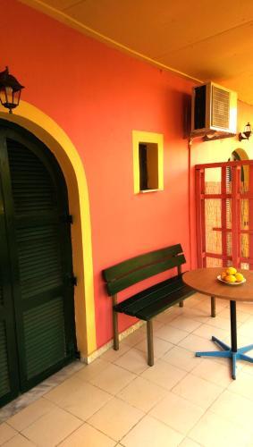 The Banana Studios, Benitses