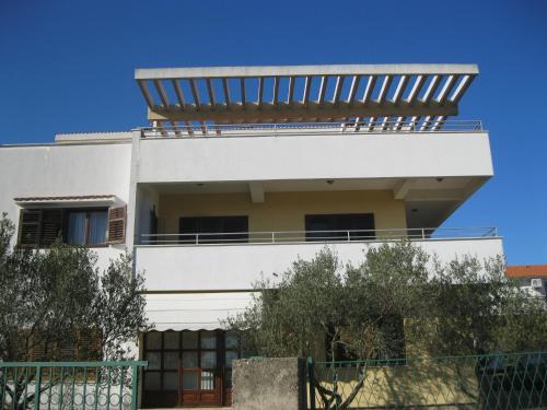 Apartment Promona Drni�