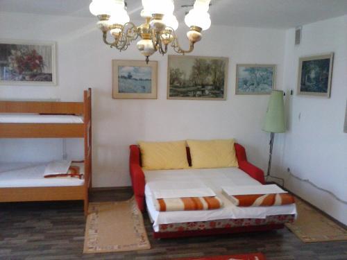 Apartments Klenovica