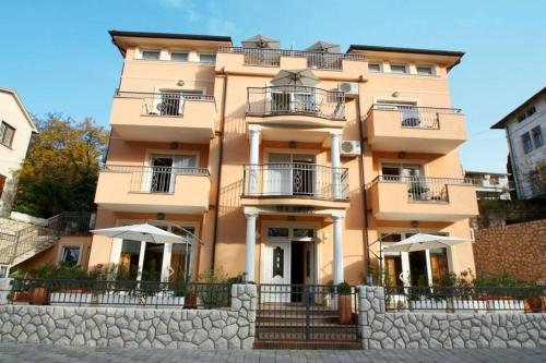 One-Bedroom Apartment in Crikvenica LXVIII