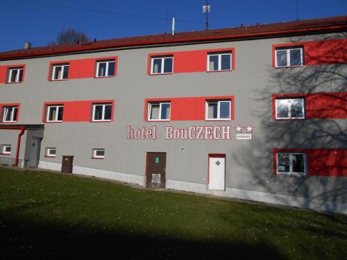 Enzenhofer Regina - Landwirt in 4191 Vorderweienbach