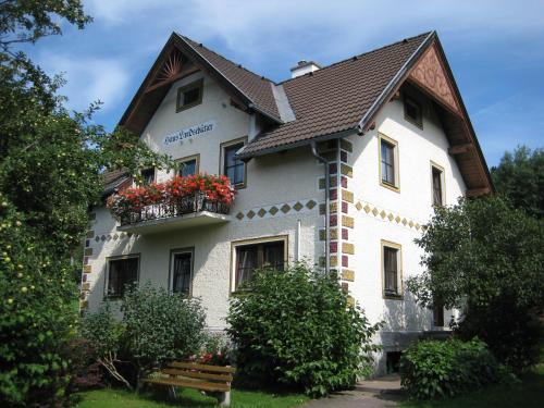 Villa Löcker - Apartment mit 1 Schlafzimmer (2-4 Erwachsene)