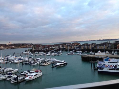 Ocean Village Marina Apartment hotel in Southampton