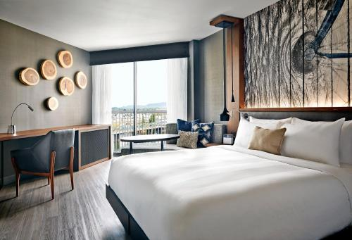 Portland Marriott Downtown Waterfront - Promo Code Details