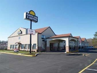 Days Inn & Suites Seaford