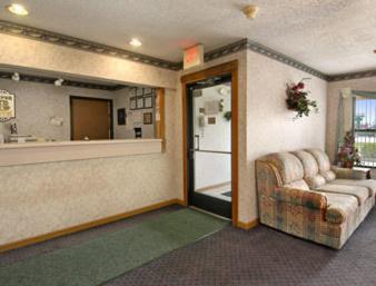 Super 8 Harrisburg Hotel