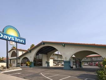Days Inn Costa Mesa/Newport Beach CA, 92627