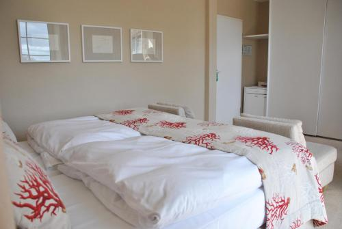 Classic Double Room - Landside