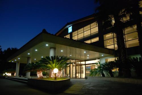 Отель Lake Hills Jeju Resort 3 звезды Корея, Республика