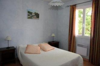 Three-Bedroom Holiday Home - Guestroom Les Quatre