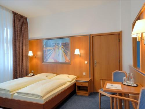 Hotel und Rasthof AVUS photo 26