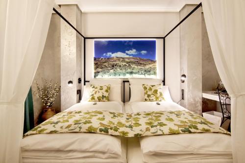 Suite with Balcony-Sierra de Carrasqueta Boutique Hotel Sierra de Alicante 3