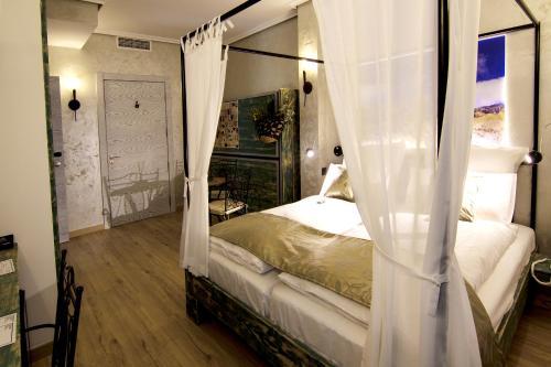Triple Room with Balcony-Sierra de Maigmó Boutique Hotel Sierra de Alicante 2