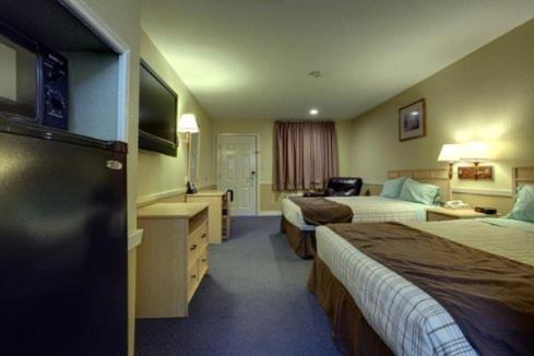 Photo of Americas Best Value Inn - Edinburg Hotel Bed and Breakfast Accommodation in Edinburg Texas