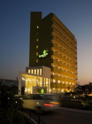Property Image 1 Lemon Tree Hotel Gachibowli Hyderabad