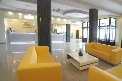 Hotel Czardasz Spa & Wellness front view
