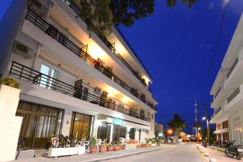 Picture of Veroniki Hotel