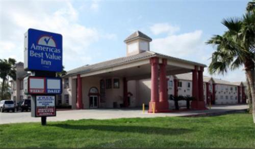 Photo of Americas Best Value Inn Brownsville Hotel Bed and Breakfast Accommodation in Brownsville Texas