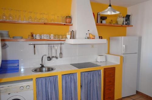 Two-Bedroom House - Calle Navegante 6