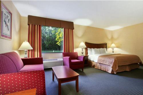 Ramada Toledo Hotel And Conference Center