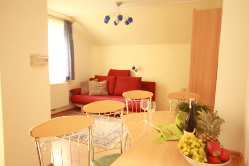Ski In/Ski Out Appartements Tritscher - Apartment mit 2 Schlafzimmern und Balkon oder Terrasse