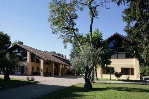 Отель Agriturismo Cascina Regina 0 звёзд Италия