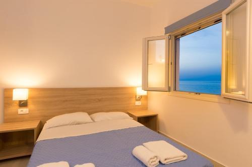 Отель Socrates Apartmens & Restaurant 0 звёзд Греция