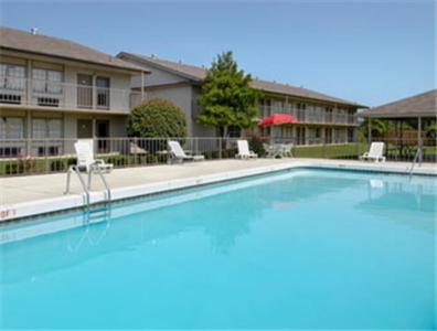 Photo of Travelodge Fort Smith Hotel Bed and Breakfast Accommodation in Fort Smith Arkansas