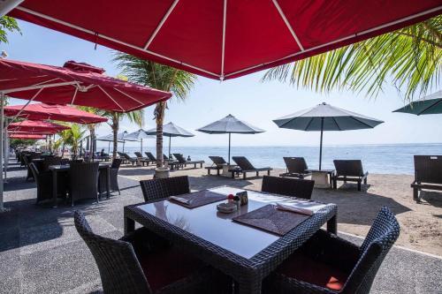 Отель Vila Shanti Beach Hotel 3 звезды Индонезия
