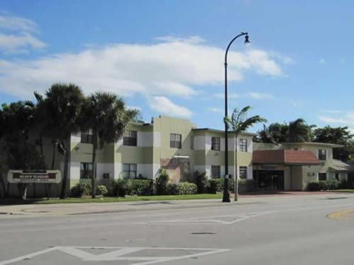 Photo of Bayside Motor Inn Hotel Bed and Breakfast Accommodation in Miami Beach Florida