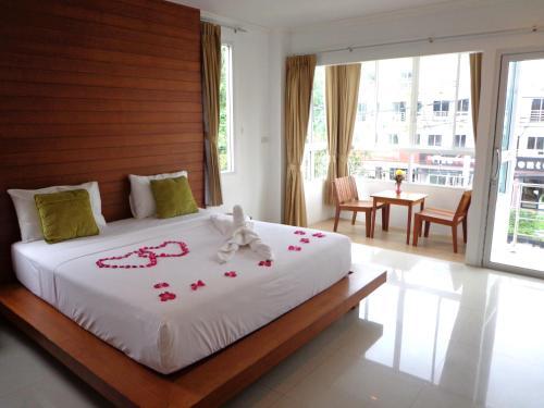 Отель Sukcheewa Residence Phuket 2 звезды Таиланд