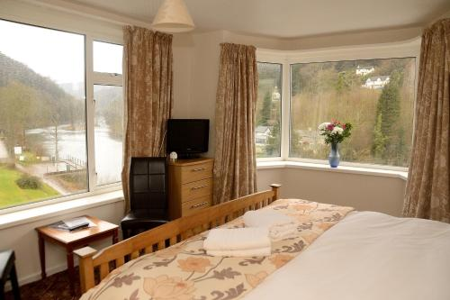 Superior Double Room with River Views