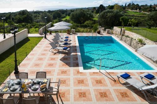 Sarlata Spacious Villa