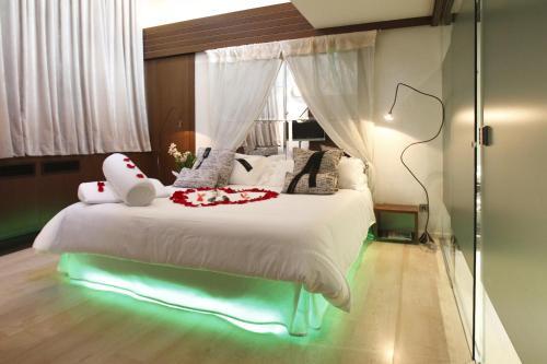 Exclusive Suite Hotel Museu Llegendes de Girona 14