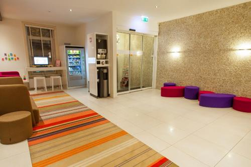 ibis Styles Amsterdam Amstel photo 7