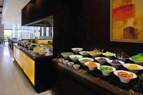Mövenpick Hotel Apartments Al Mamzar Dubai photo 7